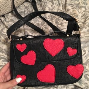Red heart crossbody ❤️💕
